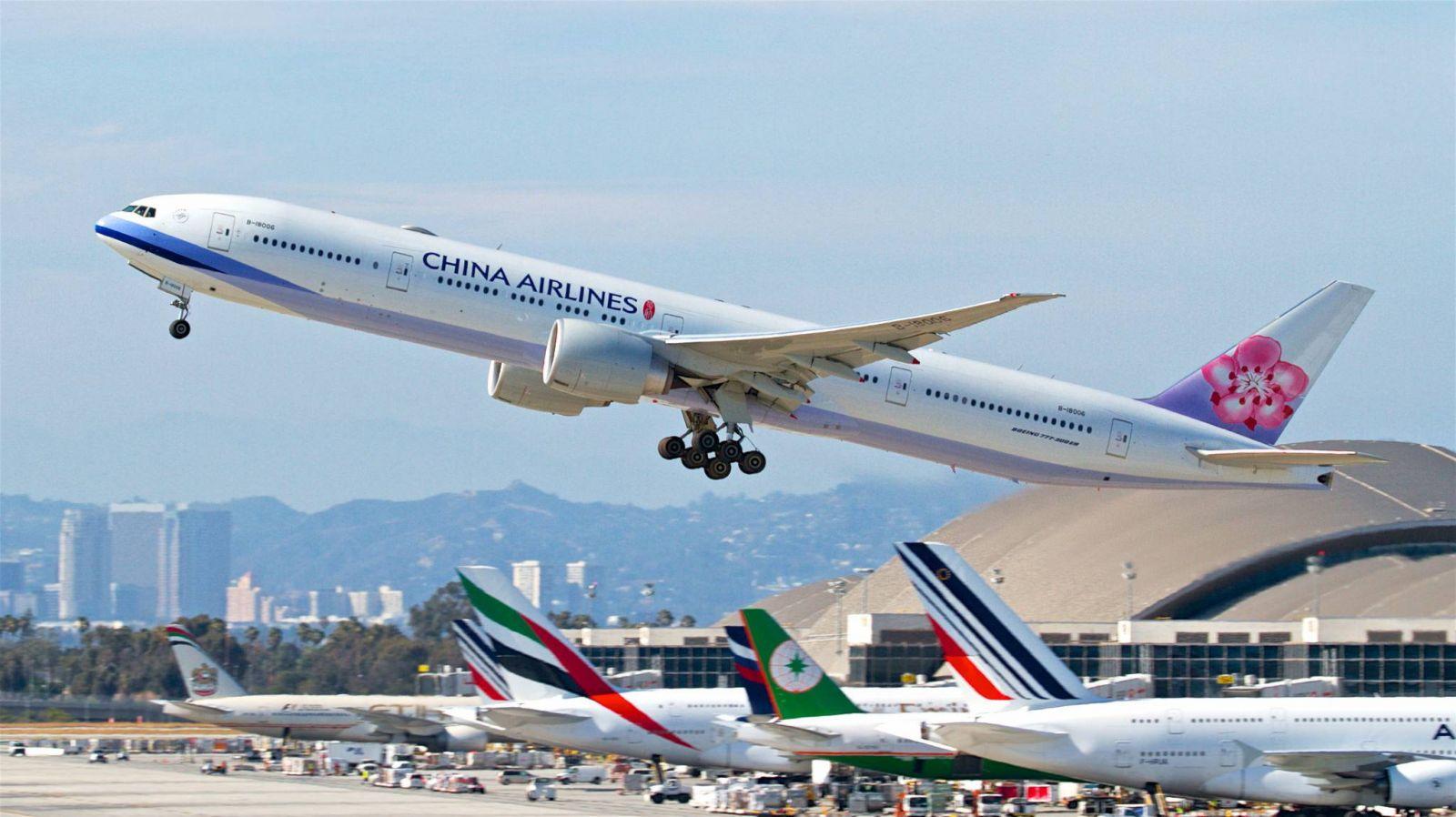 Chỉ với 239 USD có ngay vé máy bay từ  Mỹ về Việt Nam khi đặt trong ngay hôm nay