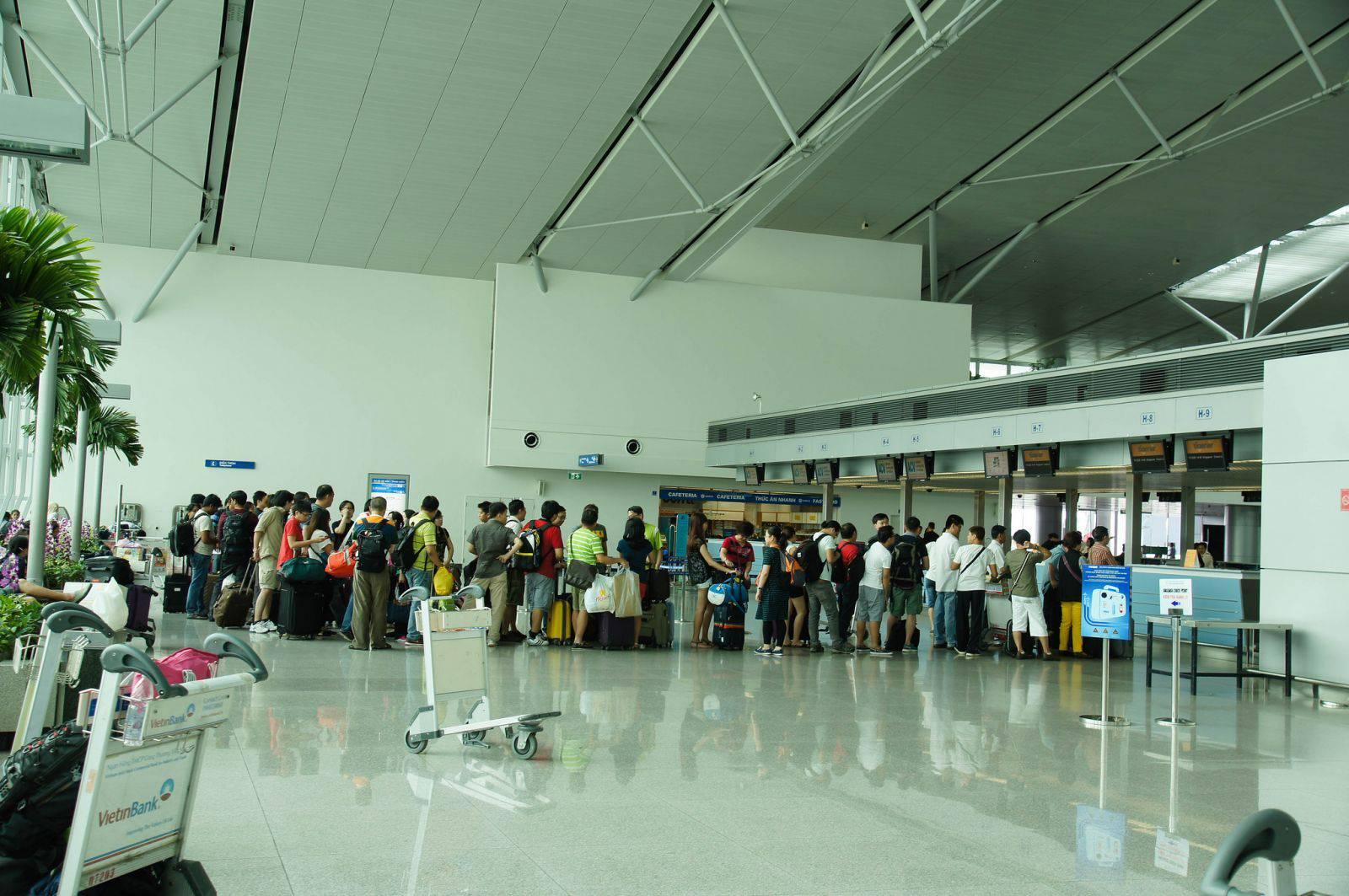 Vé máy bay từ Los Angeles đến Tân Sơn Nhất chỉ 240USD
