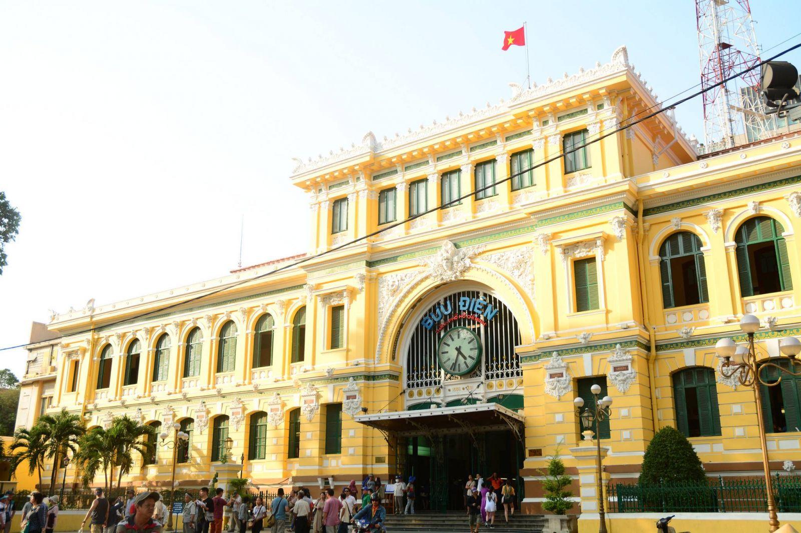 Du học sinh Việt Nam về nước lập nghiệp khi có nhiều điều kiện phát triển