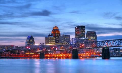 Bay đi Louisville Kentucky giá chỉ từ 312 USD